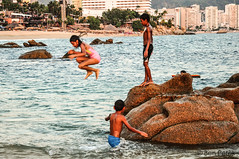 Acapulco, Mexico (Ben Perek Photography) Tags: ocean travel beach beauty kids de landscape mexico fun happy bay seaside jump jumping pacific adventure acapulco guerrero jurez panocha tlacopanocha tlaco