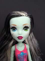 Frankie's new face. (beth.mershon) Tags: monster high frankie stein reboot relaunch mattel 2016 rebranding