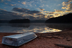 Wahoo Sunrise (John Cothron) Tags: autumn sky usa reflection fall sunrise georgia landscape boat gainesville lakelanier johncothron cothronphotography wahoocreekpark