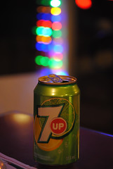 Seven Up with bokeh please (Kristina_Servant) Tags: christmas xmas green drink bokeh can vert christmaslights nol xmaslights softdrink boisson sevenup cannette lumiresdenol boissongazeuse beyondbokeh