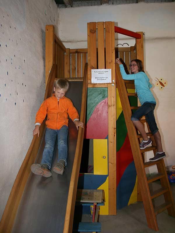 Ferienhof Laux - Indoor Rutsche