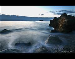 ...sí que en té ( alfanhuí) Tags: longexposure sea color colour water sunrise island rising dawn mar agua rocks silk amanecer altea isle seda isla rocas illa olla amaneixer illeta