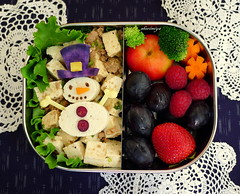 Mabo Tofu Snowman Bento (sherimiya ) Tags: christmas school cute face ma kid snowman strawberry sheri tofu broccoli homemade grapes carrot po bento raspberries obento crabapple okinawansweetpotato charaben sherimiya