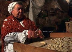 ... tante cose buone (FranK.Dip) Tags: italy italia crib cribs salento puglia nonna cucina orecchiette presepe brindisi anziani tipica nonni anziano tradizioni vivente tradizione spettacolare anziana presepi frankdip stacchioddi