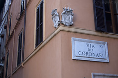 "via dei Coronari • <a style=""font-size:0.8em;"" href=""http://www.flickr.com/photos/89679026@N00/6481933439/"" target=""_blank"">View on Flickr</a>"