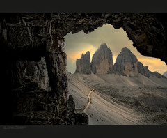 Tre Cime di Lavaredo (jero 053 (J.Fransen)) Tags: light sunset italy alps water photoshop landscape photography italian europe exposure village curves ngc wide surreal shadowplay process tones venetie lightroom lightfall senesi