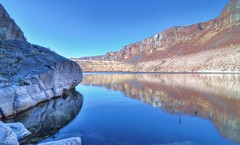 Ancient Lakes Reflection (J Raymonds) Tags: lake reflection quincy easternwashington ancientlakes nikond90 bbng masterclasselite