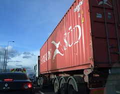 Hamburg Sd  Shipping Container (Stuart Axe) Tags: uk greatbritain truck unitedkingdom box container lorry evergreen cast po gb sealand containership hyundai boxs yangming msc hanjin shippingcontainer kline hapaglloyd cosco maersk intermodal nedlloyd chinashipping hamburgsd uniglory bigmetalbox ponedlloyd columbusline