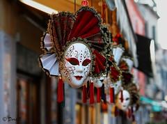 Inquietudini veneziane (Dora Joey) Tags: venice man thought mask atmosphere uomo lie mind carnaval venise carnevale venezia vita mente masque maschere pensiero inquietudine mentire bestcapturesaoi veniceatmosphere