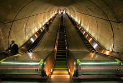 Escalator - Woodley Park Station (stormdog42) Tags: architecture underground subway concrete washingtondc washington districtofcolumbia publictransit metro escalator tunnel masstransit 1970s brutalist woodleypark harryweese