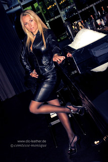 cm_black_leather_suit_bar (1)