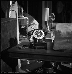 Paris044 (T. Scott Carlisle) Tags: hasselblad tsc tscottcarlisle tscottcarlislecom film80mmhoneymoonparis