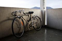 (Grgoire Lannoy) Tags: wet rain bike montagne grenoble floor pluie after moutain aftertherain velo vlo terrase mouill