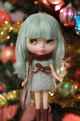woolly dress and scarf  for blythe and momoko dolls