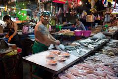 bangkok-klong-toey-market-1016168.jpg (iovivo-foto) Tags: fish licht market bangkok meat exotic grn markt toei klong toey rotlicht exotisch lghts schattengegenlicht