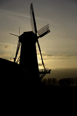 "Corn Mill ""Rijn en Weert"", Werkhoven (Silhouette) (Pjerry ;) (mostly off at the moment)) Tags: mill architecture nikon nederland thenetherlands nikkor molen architectuur ruc windmolen werkhoven cornmill sooc korenmolen 18105mm d7000 pjerry"