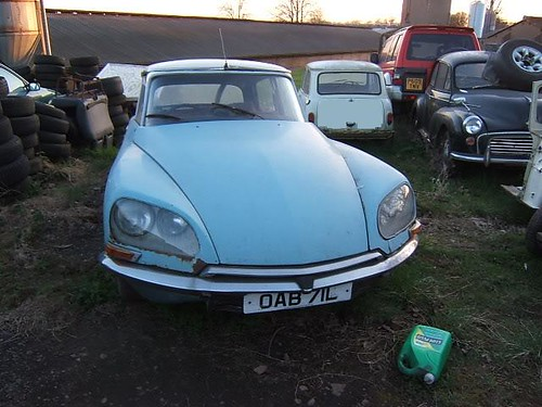 AUGUST 1972 CITROEN DS 1985cc OAB71L