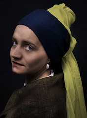 pearl earring (thoschi) Tags: portrait woman color painting colorful earring porträt pearl vermeer girlwithapearlearring pearlearring janvermeer