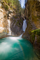 Johnston Canyon, Lower falls (Patrick Berden) Tags: canada alberta banff lowerfalls johnstoncanyon 2011 banffnp