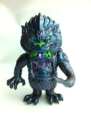 IMG_0287 1 (frankmysterio 2 APC) Tags: kaiju customs super7 mongolion lamoursupreme