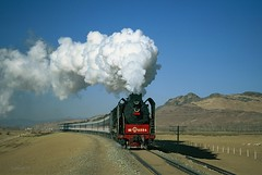 Jitong Steam passenger (Frhtau) Tags: china winter people moon train dessert us day all village shot sundown photos best steam land passenger farmer province jitong nei mongol xpress provinz tielu
