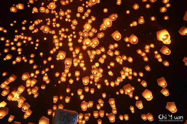 2012平溪天燈節-千燈23.jpg