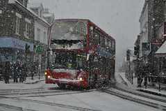 Metrobus 438 on route 261 (John A King) Tags: snow explore metrobus bromley 438 route261