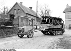 """Raupenschlepper Ost • <a style=""""font-size:0.8em;"""" href=""""http://www.flickr.com/photos/81723459@N04/13778586045/"""" target=""""_blank"""">View on Flickr</a>"""