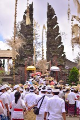 The devotees (bayumahardika) Tags: bali nikon hindu besakih batur kintamani d7200