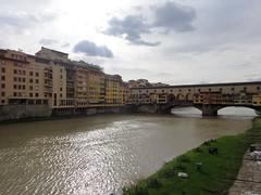 Ponte Vecchio (bernarou) Tags: old bridge italy rio florence europe italia arch fiume ponte tuscany florencia firenze arno vecchio spandrel fiumi segmental
