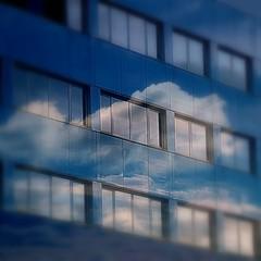 ... (lory6093) Tags: nuvole milano cielo riflessi palazzi elaborazione