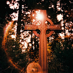 In Memory of... (Daniel Polidori) Tags: cemetery oregon xpro cross crucifix lubitel166 processed celticcross russiancameras vintagecameras religiousphotography