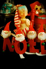 Noel (tunibug) Tags: holidaydecorations vintagetreasures newadditionsforchristmas2011