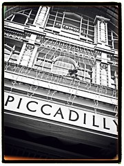 339/i365 Piccadilly Arcade (Keith Bloomfield) Tags: camera building oneaday architecture birmingham iphone piccadillyarcade i365 iphoneography threehundredthirtynine
