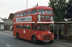 London Transport . RM662 WLT662 . Romford , London . 08th-September-1980 . (AndrewHA's) Tags: bus routemaster parkroyal londonbus londontransport romford aec route86 rm662 wlt662