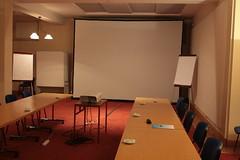 Meeting room (jepoirrier) Tags: empty room meeting screen beamer flipchart placeholder sooc