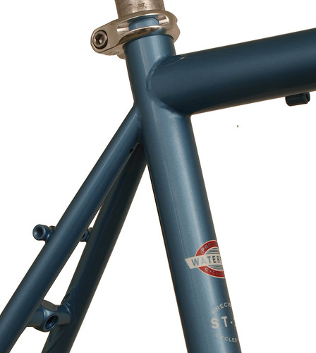 <p>Seat Cluster view of this 14-Series Vision rando frame painted English Light Blue Metallic with Waterford Block Decals - Red with White Accent - 62436.</p>