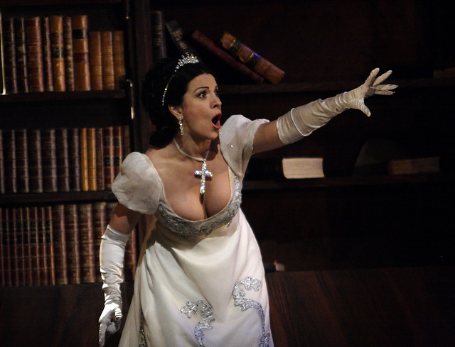 "Angela Gheorghiu in Jonathan Kent's production of Tosca during the Royal Opera House 2010/11 season.   <a href=""http://www.roh.org.uk"" rel=""nofollow"">www.roh.org.uk</a> Photo: Catherine Ashmore"