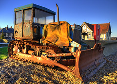 Rusty tractor (Mirrorless for me) Tags: old tractor beach rust aldeburgh d90 photomatix tonemapping nikond90
