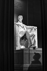 You have been looking for somebody to believe in (_Massimo_) Tags: shadow blackandwhite bw statue dc washington ombra lincoln lincolnmemorial column statua biancoenero colonna massimostrazzeri cfactor ziomamo pachiro gettyjan2012priv