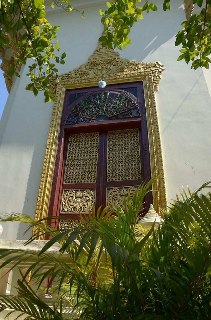фото: Pagoda window
