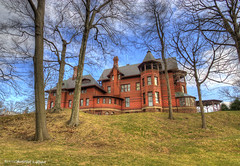 Mark Twain House from back (Graham_CS) Tags: canon connecticut hartford hdr marktwain xsi photomatix 1024mm canonxsi tamron1024mm hdrspotting