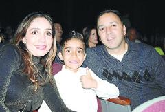 Lorena, Jorge Jr y Jorge  Morales