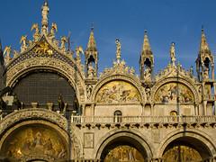 basilica di san marco (Fernando Stankuns) Tags: venice italy veneza photo san europa europe italia basilica catedral fernando marco duomo fotografia venezia itália veneto 2011 stankuns