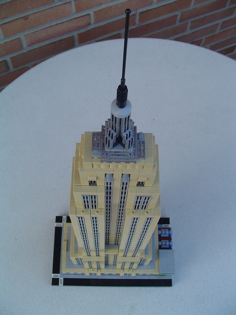 The Worlds Newest Photos Of Empirestatebuilding And Moc Flickr