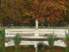1064 Paris