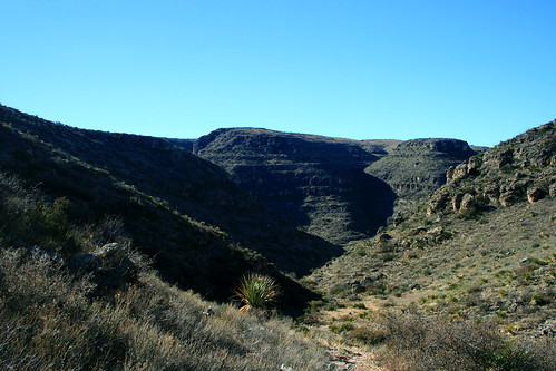 Entering Rattlesnake Canyon
