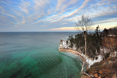 Winter at Miners Castle - Lake Superior, Pictured Rocks National Lakeshore (Michigan Nut) Tags: winter sunset sky usa snow tree ice nature water clouds photography michigan freezing floating greatlakes clear upperpeninsula lakesuperior munising picturedrocksnationallakeshore minerscastle johnmccormick