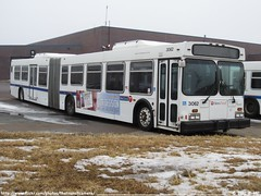 Metro Transit 3062 (TheTransitCamera) Tags: new bus public minnesota barn flyer floor metro garage south low transit service bloomington mn artic articulated unit richfield d60lf mt3062