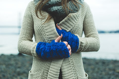 . (joannablu kitchener) Tags: winter cold scotland nikon freezing gloves queensferry fourthbridge d700 joannablu kitchenerphotography